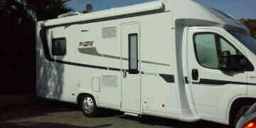 camping-car PILOTE P746  extérieur /